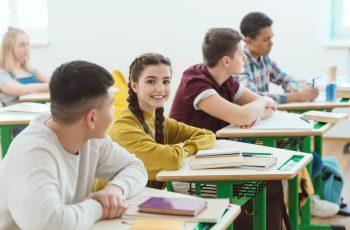 Bolsas de estudo: como elas ajudam no crescimento da escola?